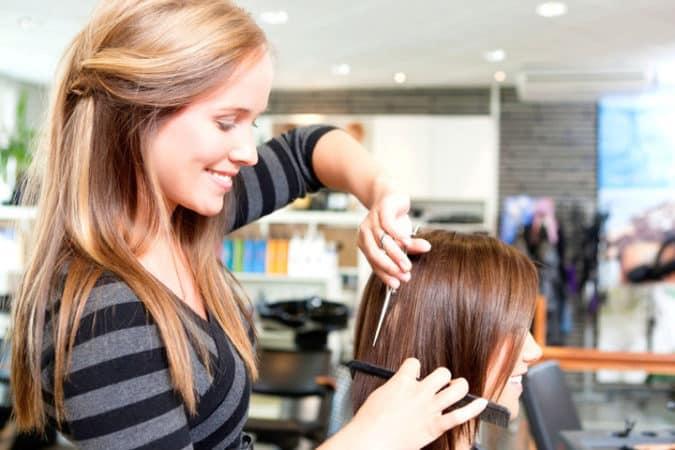 Когда можно стричь волосы в мае 2019 по лунному календарю