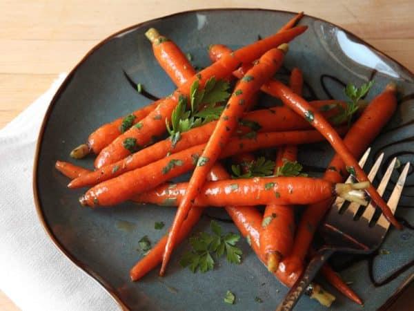 Почему вареная морковь полезнее сырой
