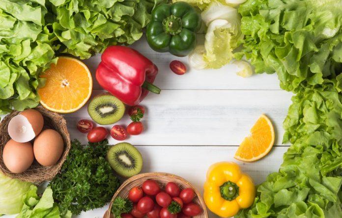 Фрукты и овощи с витамином С