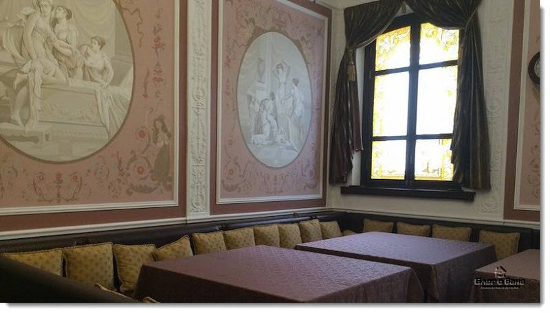Роспись на стенах в Сандунах