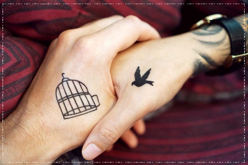 татуировка птичка